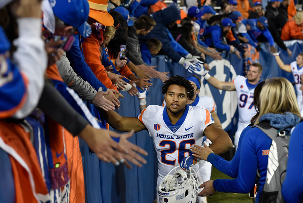 "Alumnus Avery Williams Gives Boise State ""Everything He's Got"""
